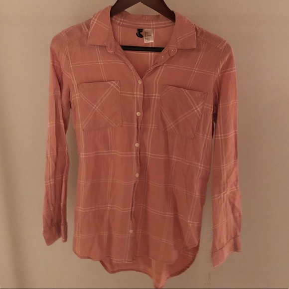 (3 for $40)Pink plaid button up